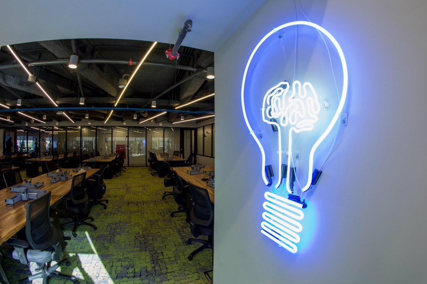 Estação Hack, centro de inovação do Facebook com a Artemisia