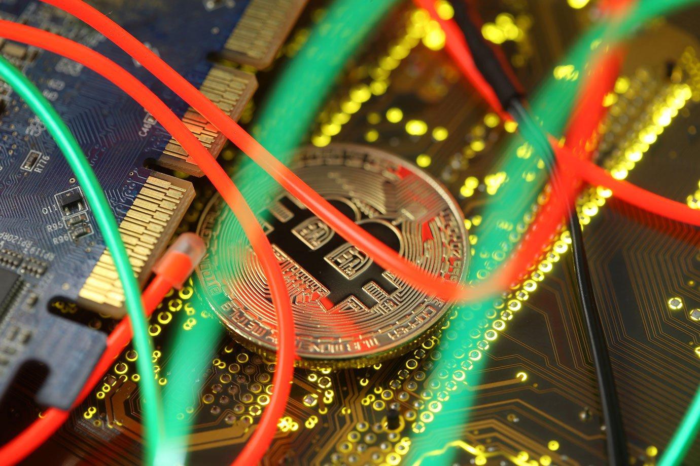 eu quero ganhar dinheiro online agora futuros de bitcoin começam a ser negociados