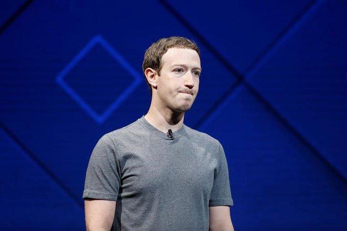 Pedido de desculpas de Zuckerberg não alivia pressão sobre ações do Facebook