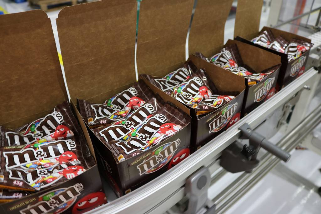 Como se faz o chocolate M&M's, da Mars