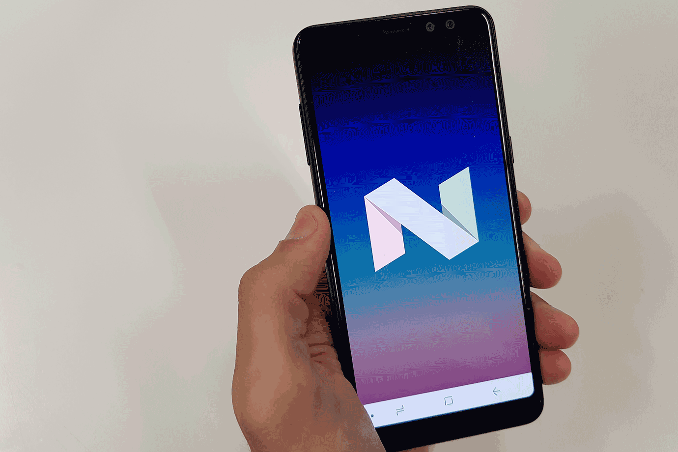 Galaxy-A8-Android-Nougat
