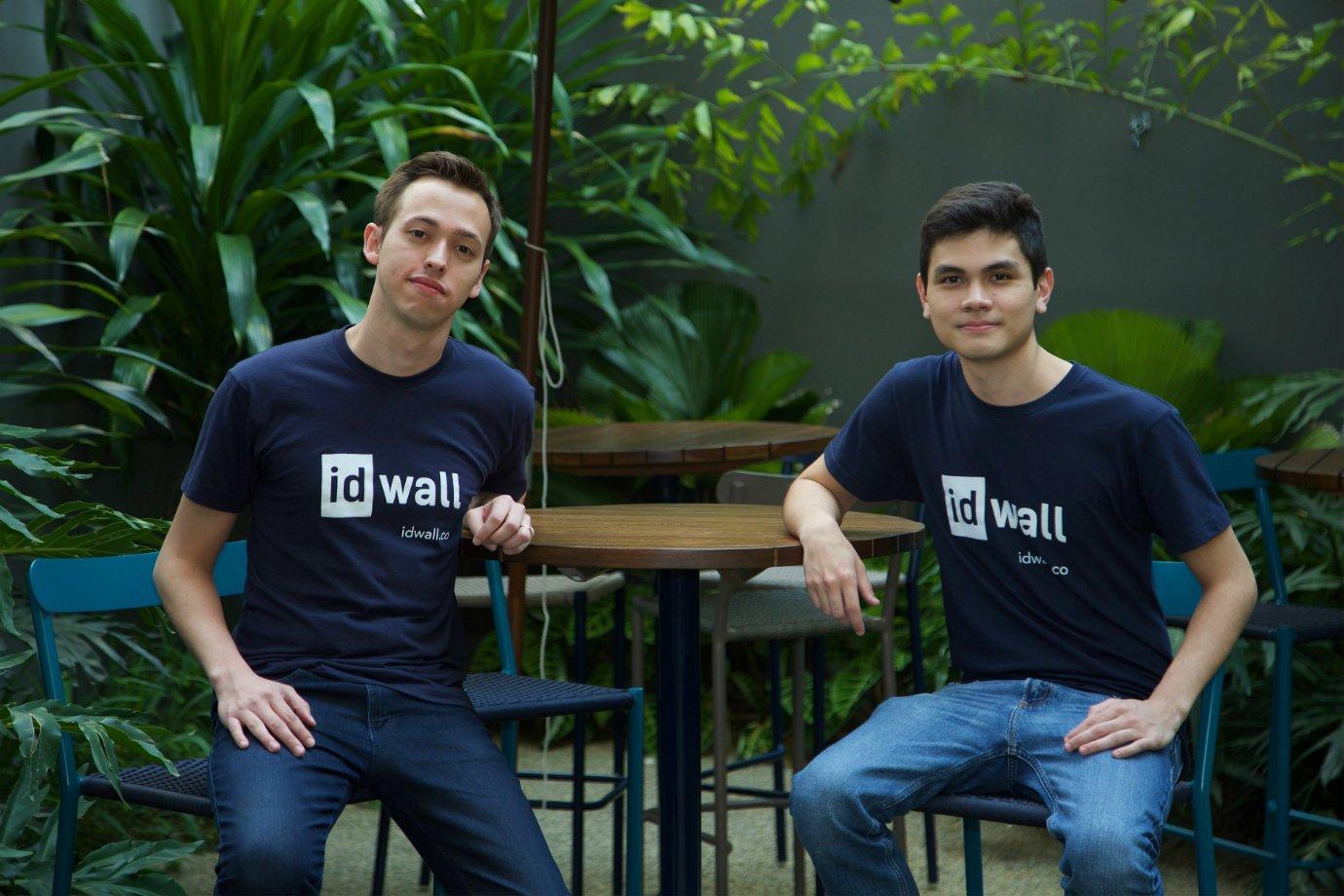 Os empreendedores Raphael Melo e Lincoln Ando, da IDWall