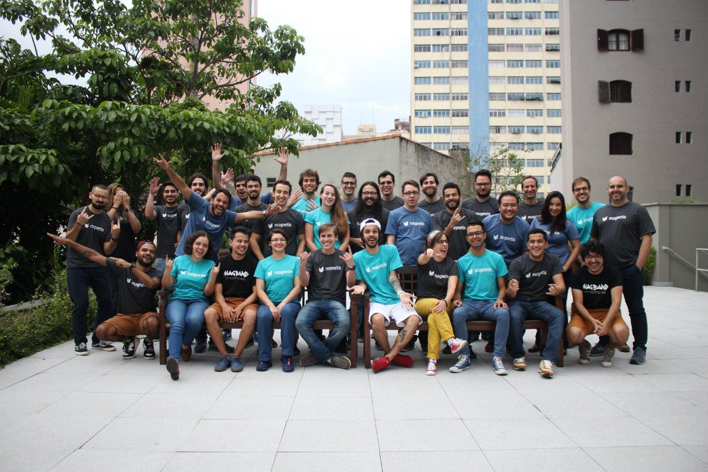 Time da startup Magnetis