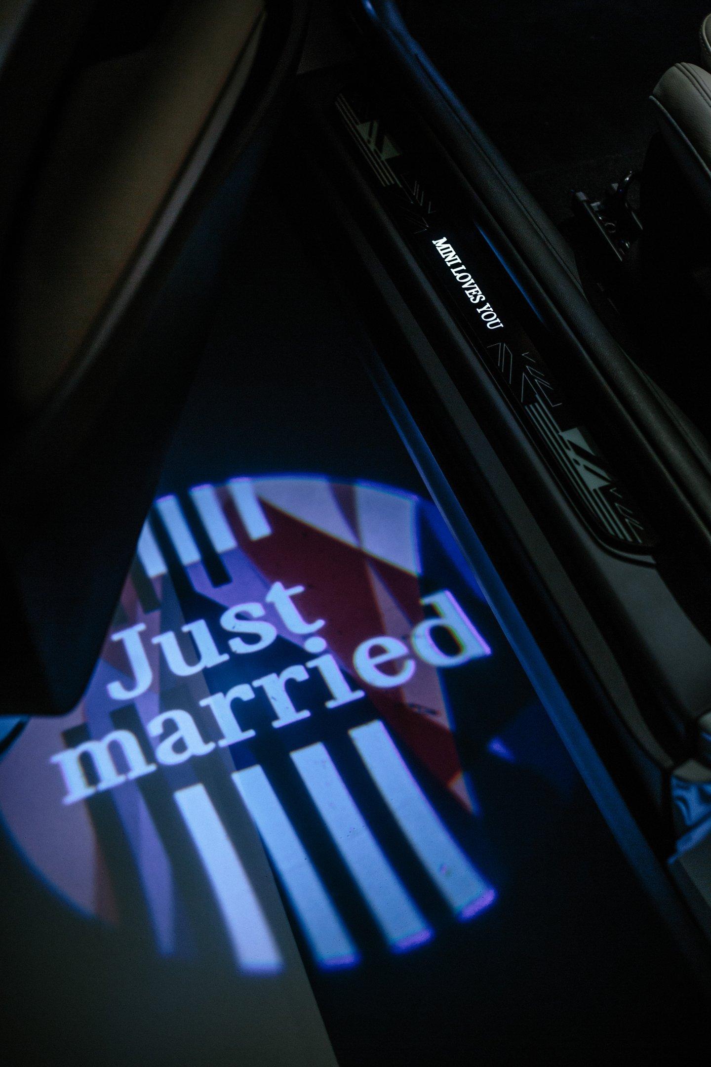 MINI Hatch: lançamento se inspira no casamento real do Príncipe Harry
