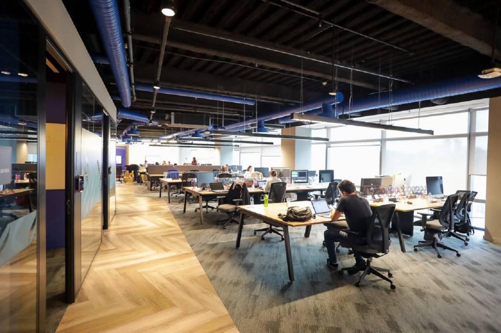 Ponto de encontro do setor de vendas, no 10o andar do prédio