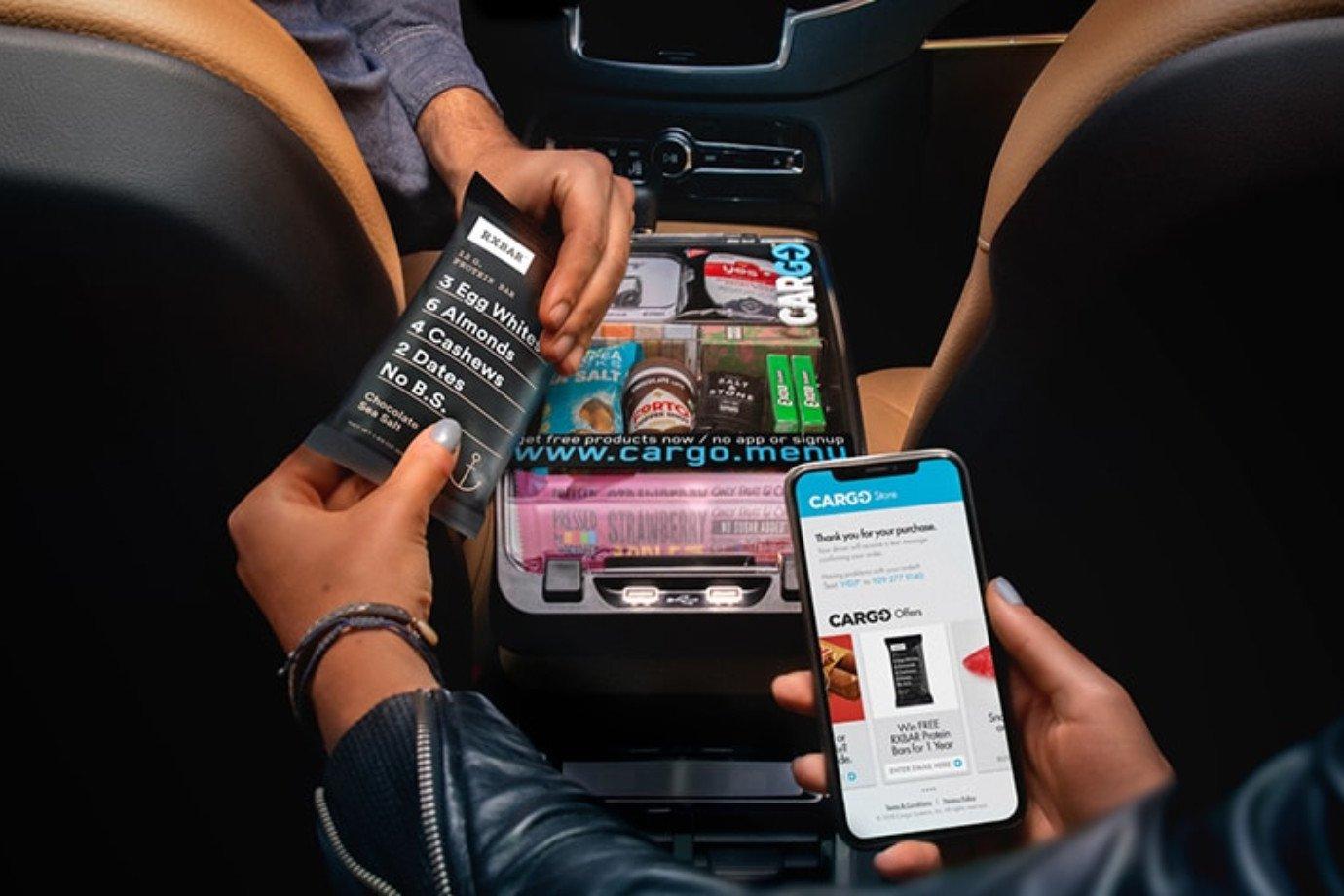 A startup Cargo, com vending machines dentro de um Uber