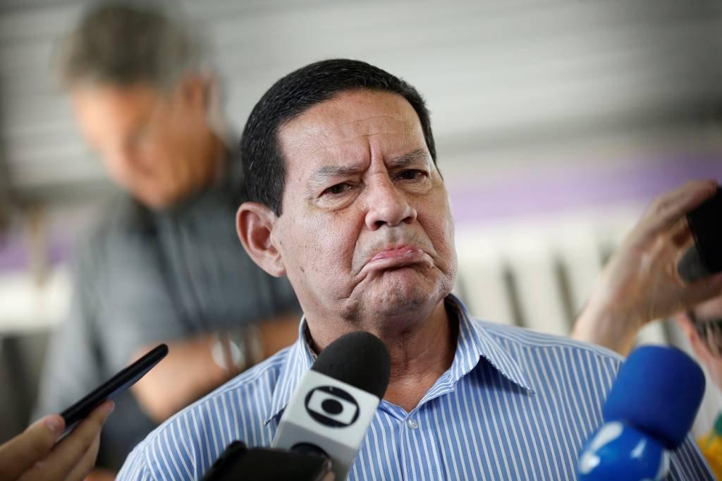 Hamilton Mourão, vice-presidente eleito, após votar em Brasília