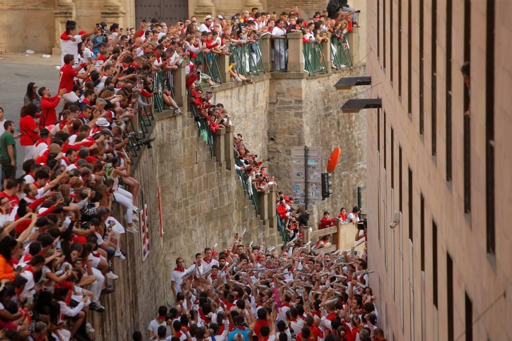 Festa de São Firmino, na Espanha, termina com 35 feridos, incluindo 8 chifrados