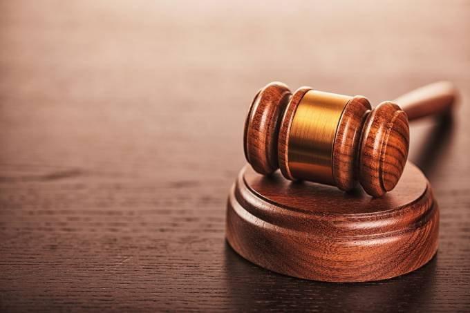 Justiça garante trabalho remoto a mãe de criança autista