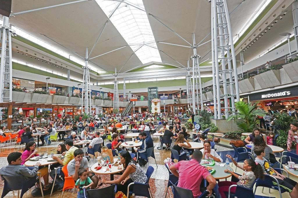 Por Dentro do shopping Parque Dom Pedro, em Campinas, SP