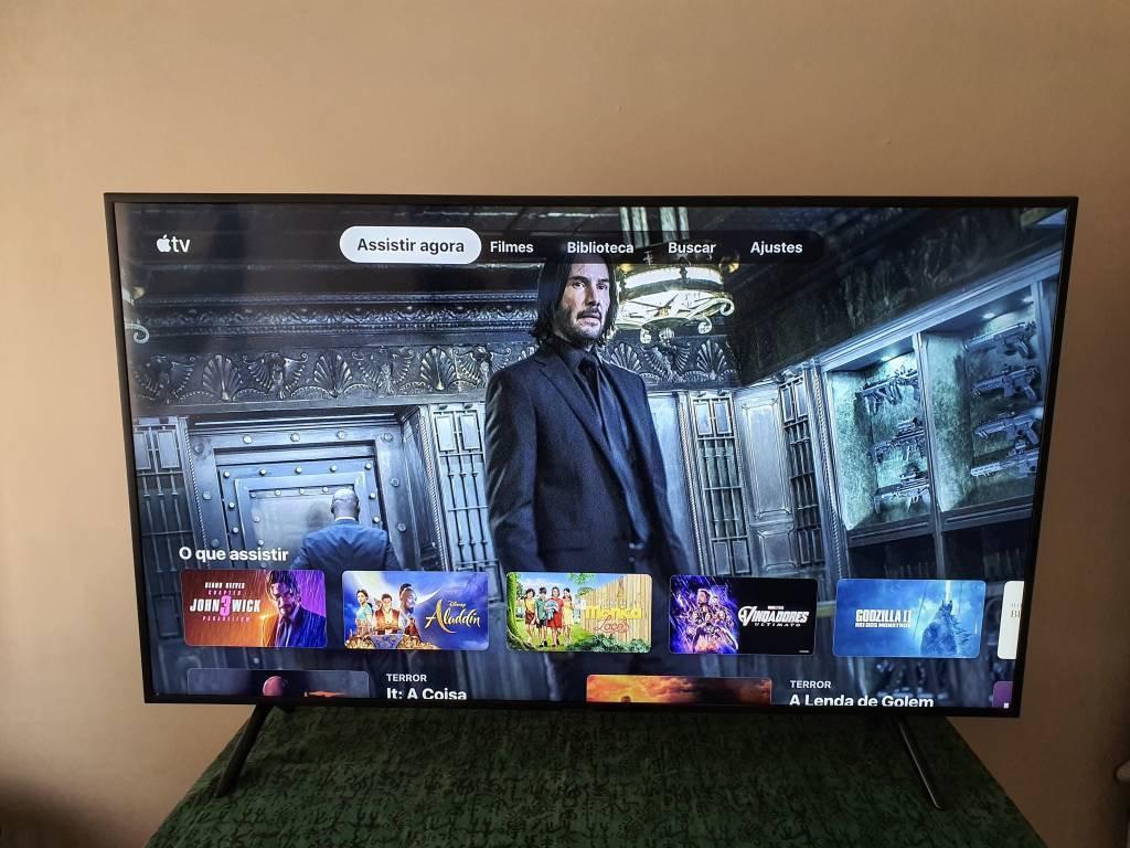 TV 4k Samsung RU71000 55 polegadas