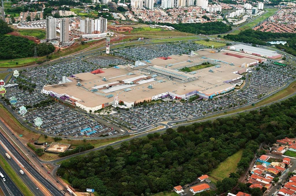 Vista aérea do Parque Dom Pedro, compras em Campinas, SP