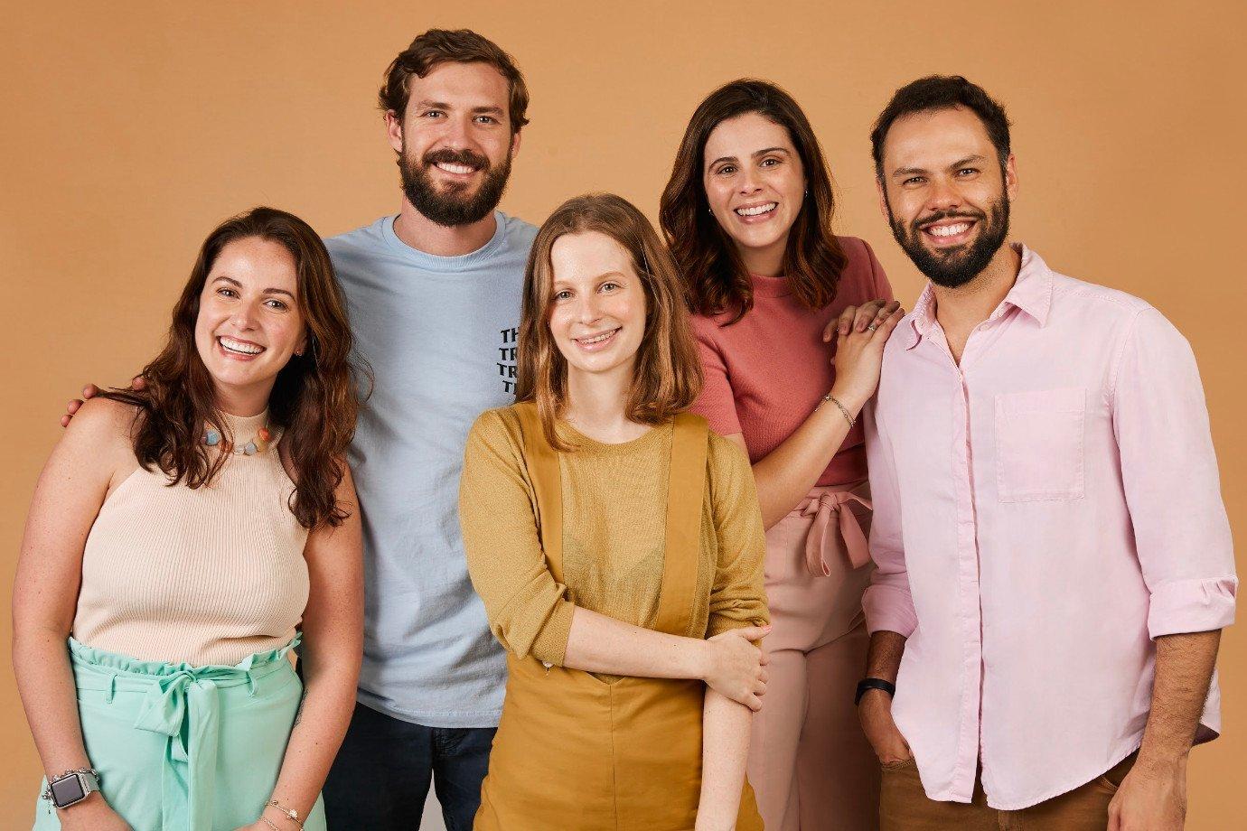 Andrea Nazar, Michael Ruah, Onella Moraes, Natalia Lombardo e Alexandre Gama, da SouSmile