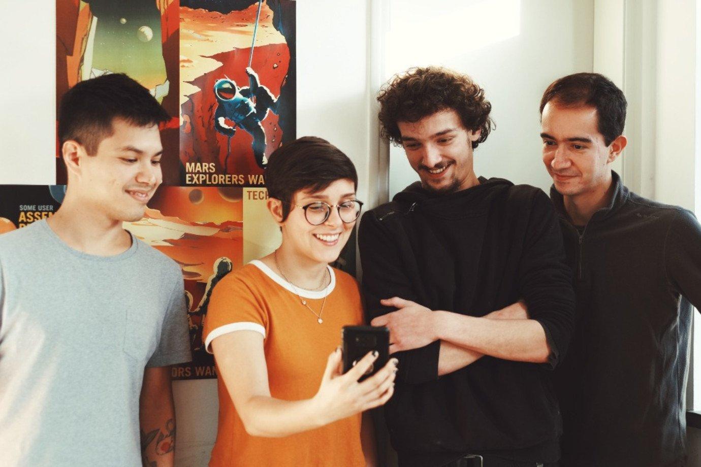 Luciano Naganawa (cofundador), Paula Arantes (funcionária), Ricardo di Lazzaro (conselho) e Artur Vilas Boas (cofundador), da Future4