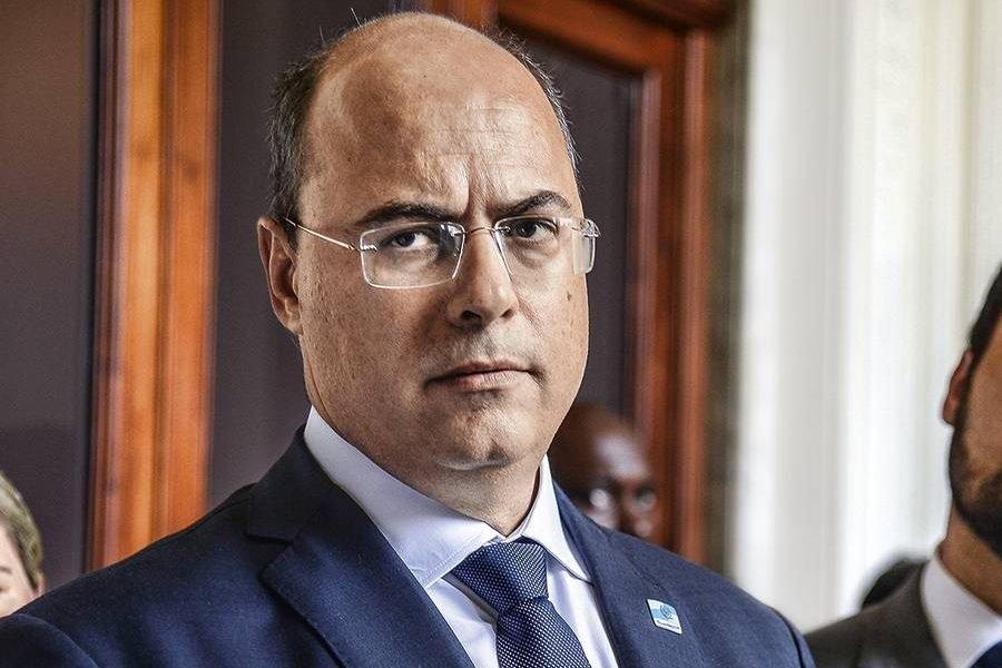 Witzel pede suspensão do processo de impeachment na Alerj