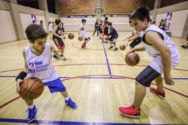 Papo com quem faz o NBA Basketball School: Arthur Borelli, da Think Sports  | Exame