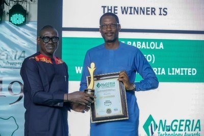Ope Babalola, Managing Director of Webb Fontaine Nigeria accepting his award at the Nigeria Technology Awards 2019
