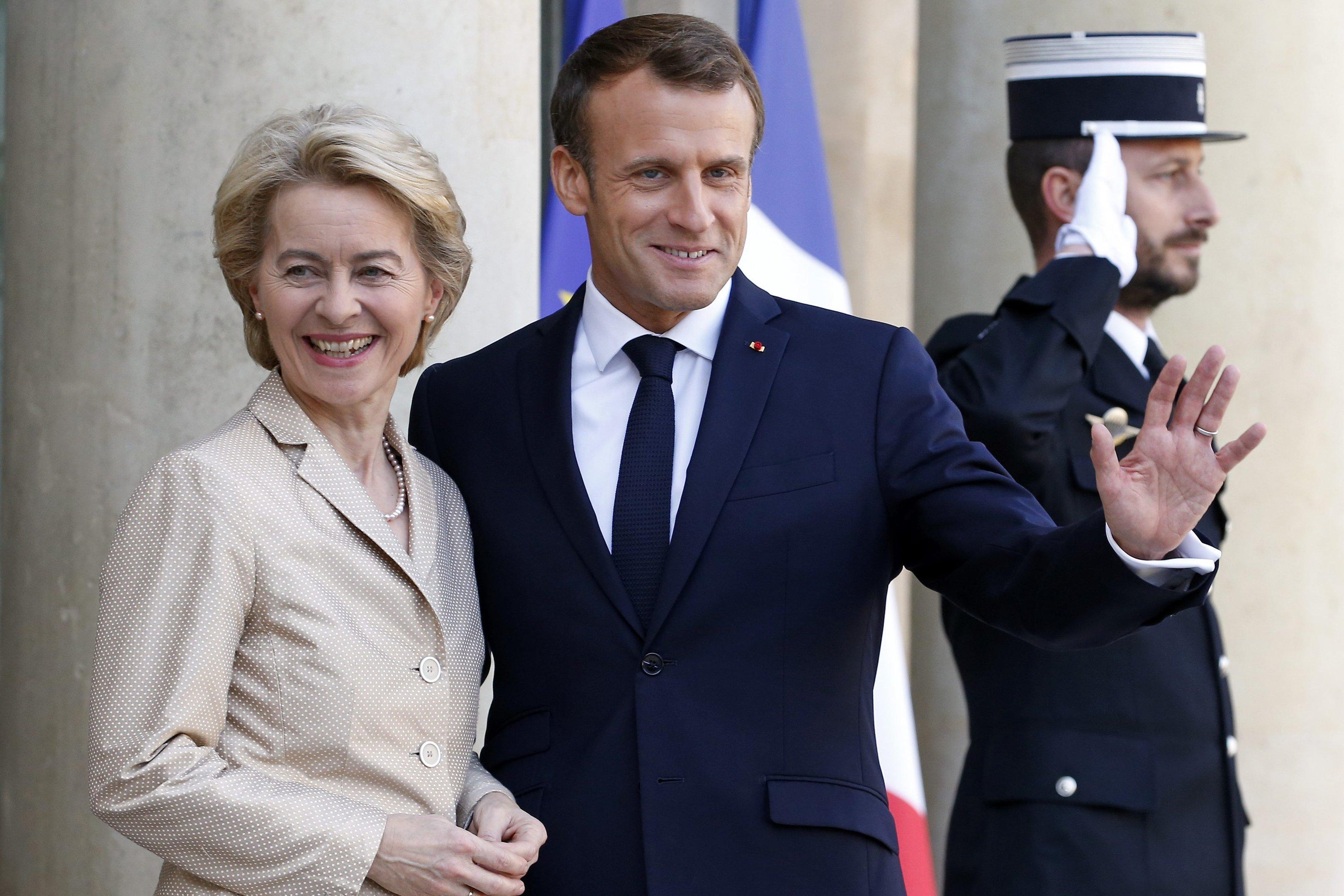 Presidente da comissão executiva da UE, Ursula von der Leyen, e o presidente francês, Emmanuel Macron. Paris, outubro de 2019. Foto: Chesnot/Getty Images