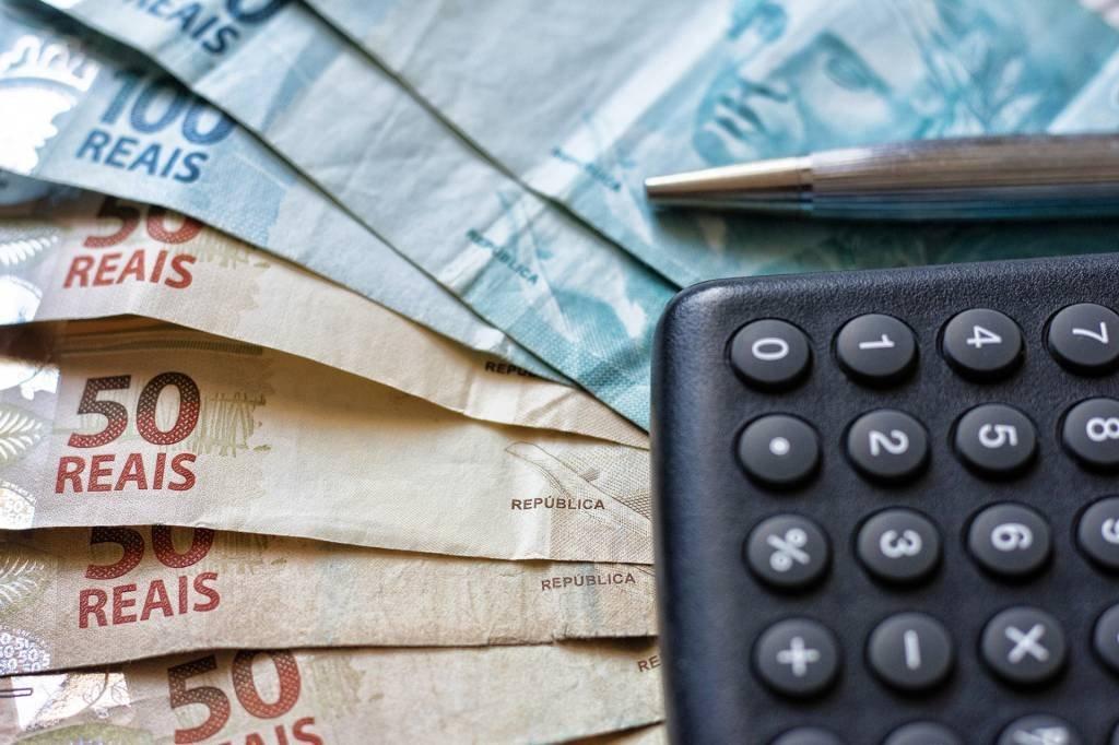 calculadora dinheiro investimentos contas real juros salário dívidas