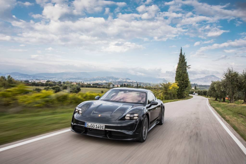 Taycan Turbo S: novidade da Porsche