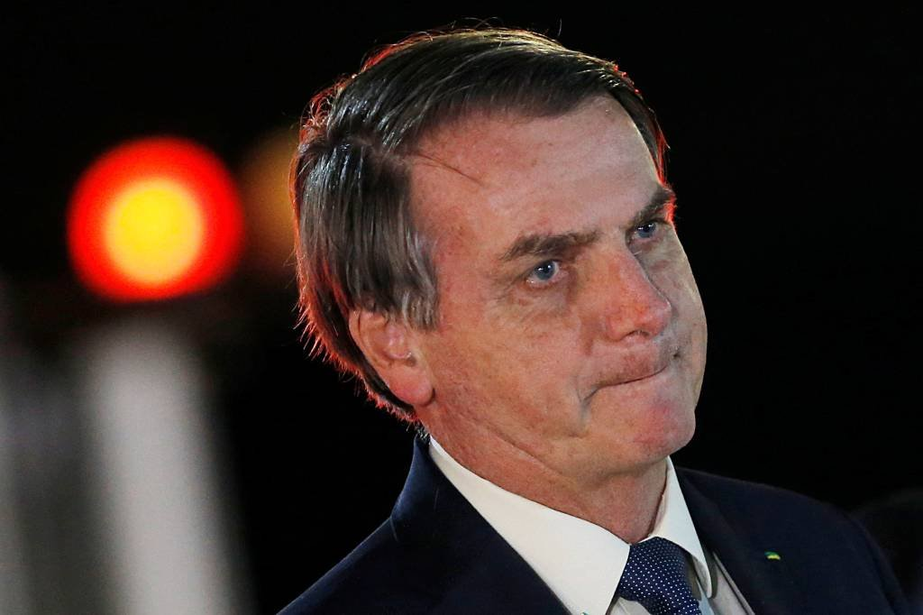 """""""E daí?"""", diz Bolsonaro após Brasil superar China em mortes por covid-19"""