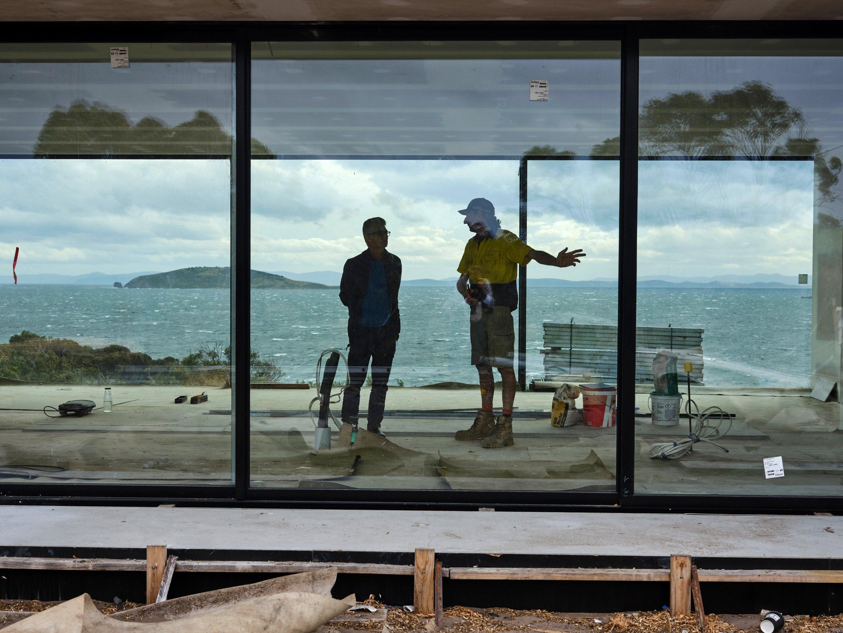 Ian Weir e Shane Salter no projeto da Apex Point House, Austrália