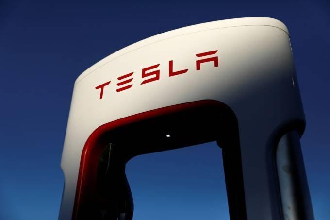 Tesla busca consolidar a liderança na venda de carros elétricos