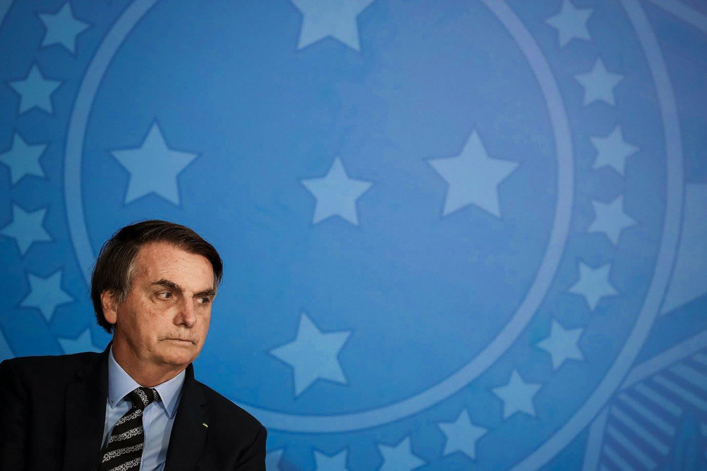 Bolsonaro paga R$ 6,2 bi em emendas a parlamentares e atinge recorde