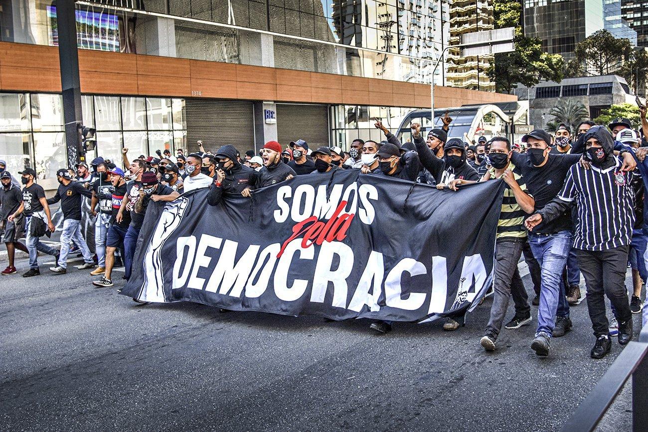 Protesto contra o racismo, neste domingo, (31) na Av. Paulista, SP