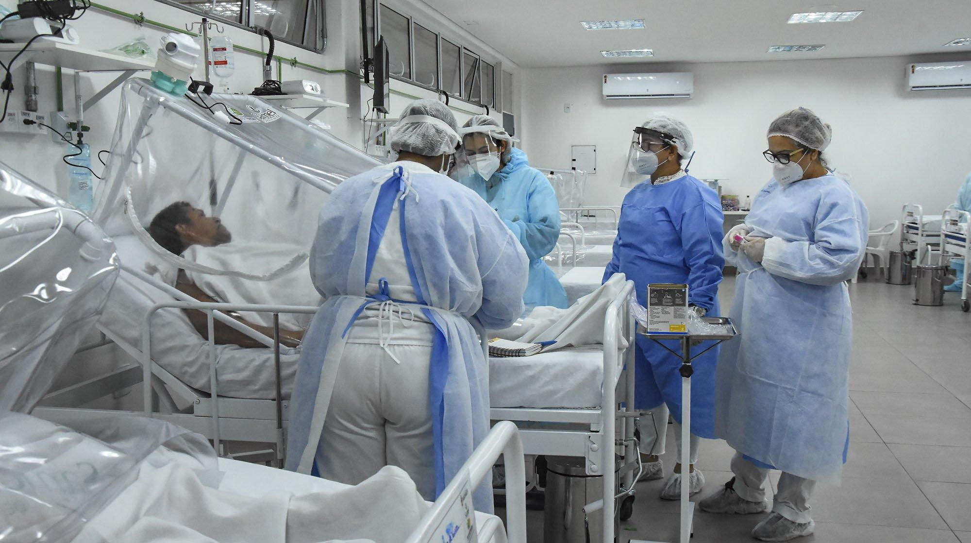 Brasil tem terceiro dia seguido com mais de mil mortes por coronavírus