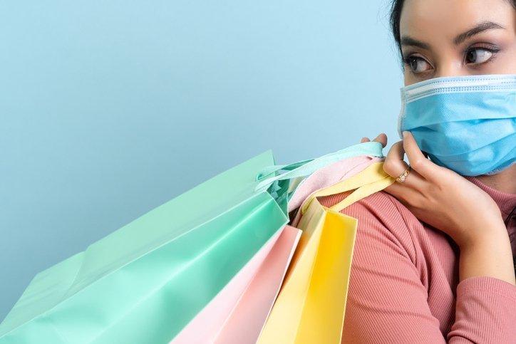 Dia do Cliente: empresas têm promoções de iPhone, roupas e mais