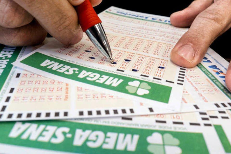 Mega-Sena acumula e próximo sorteio vai pagar R$ 100 milhões | Exame