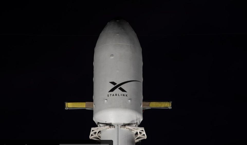 SpaceX lança hoje mais 60 satélites ao espaço; saiba como assistir