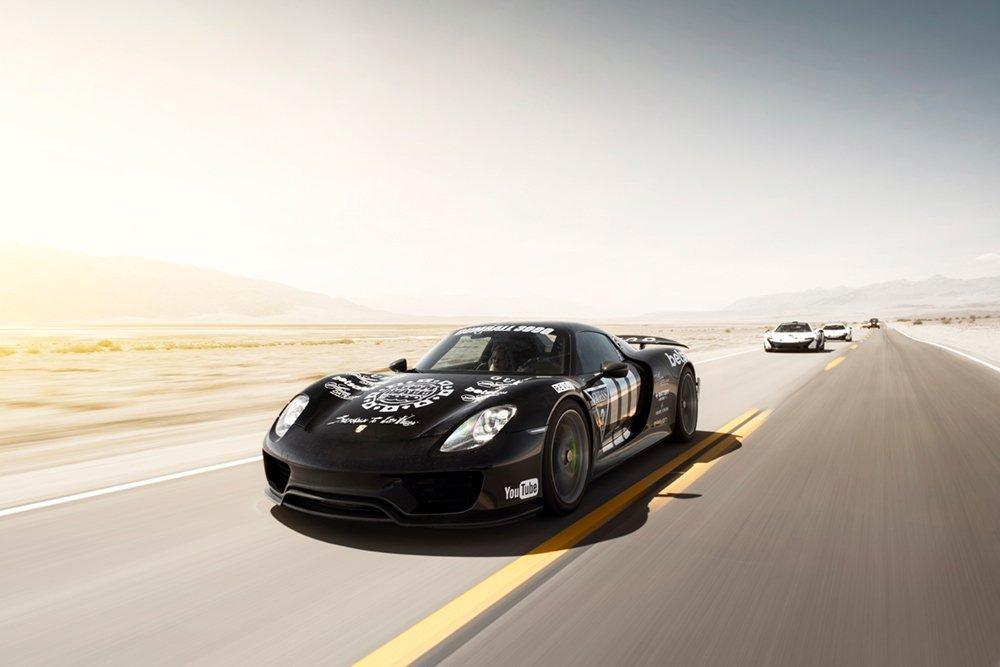 Porsche 918 no Death Valley