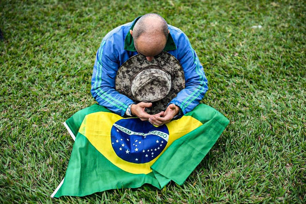 Por Que O Brasil Vai Encolher Bem Mais Que O Mundo Na Crise Do Coronavirus Exame
