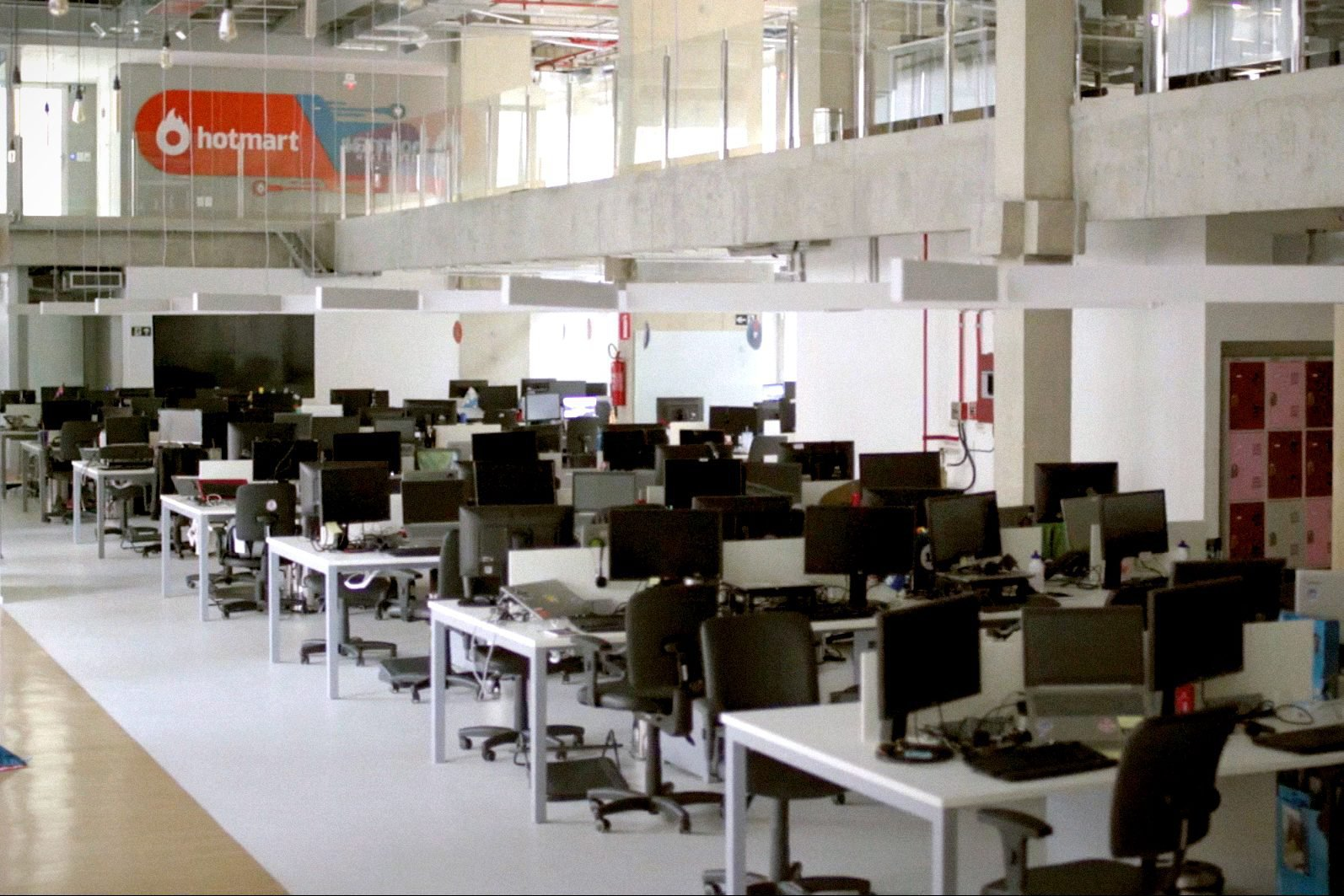 Empresa abre mais de 100 vagas de emprego com seleção online