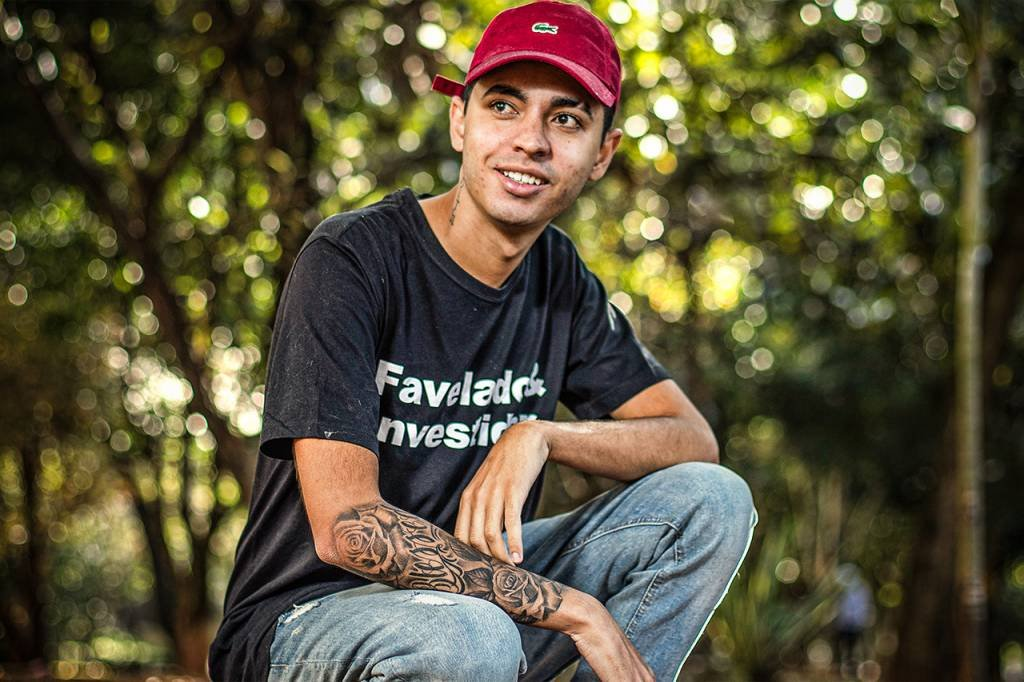 Murilo Duarte, morador da favela que investe na bolsa e tem o canal Favelado Investidor