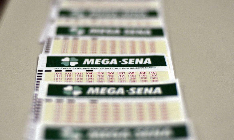 Mega-Sena: confira os números do concurso 2.418; prêmio é de R$ 6,5 mi