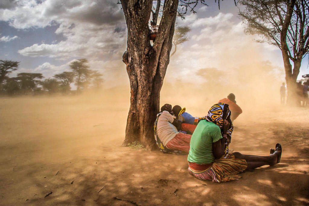 Nuvem de poeira enorme viaja do Saara para o continente americano ...