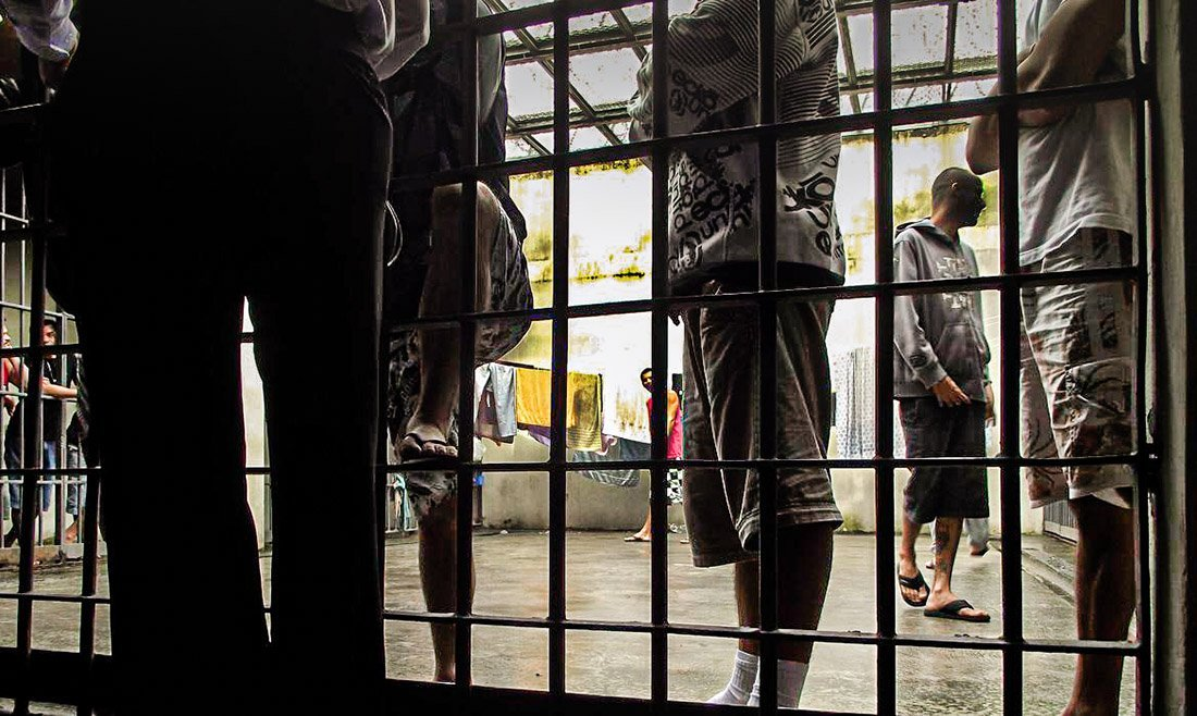 Presos; Presídios; Cadeias
