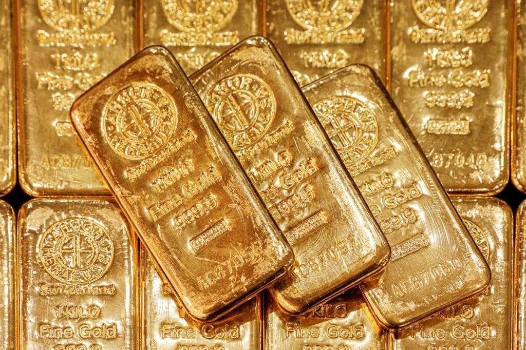 Barras de ouro são exibidas no escritório central da GoldSilver em Cingapura