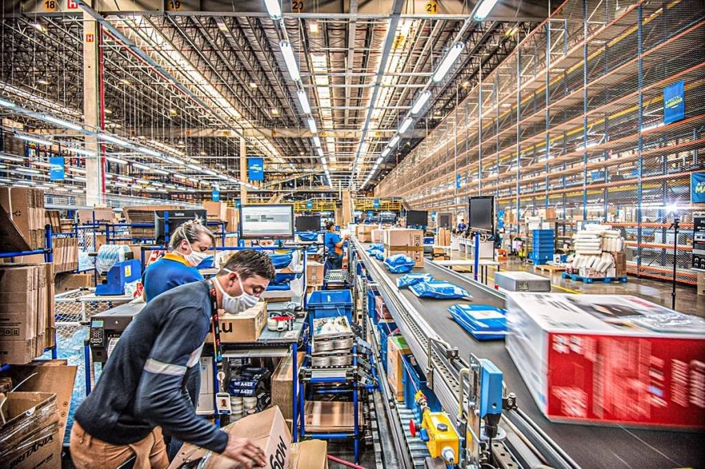 Centro de distribuição do Magazine Luiza em Jundiaí, SP