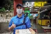 Domino´s entrega manual e pizza para a Subway