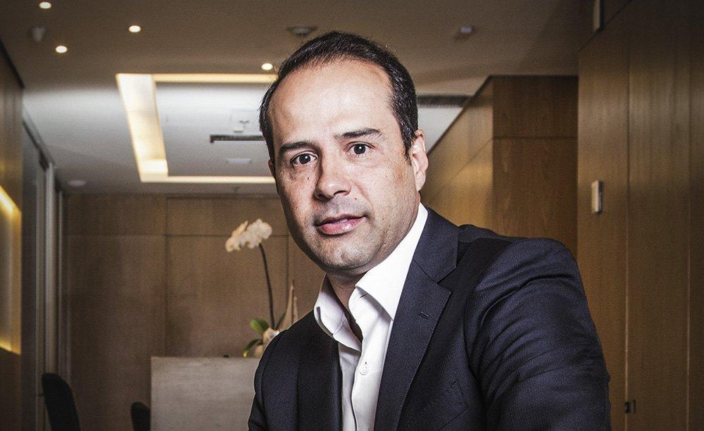 Fundador da Ricardo Eletro é preso por sonegação fiscal | Exame