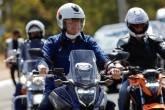 Para isentar motos, como quer Bolsonaro, pedágio subiria para outros veículos