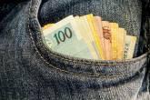 salario minimo dinheiro nota real bolso
