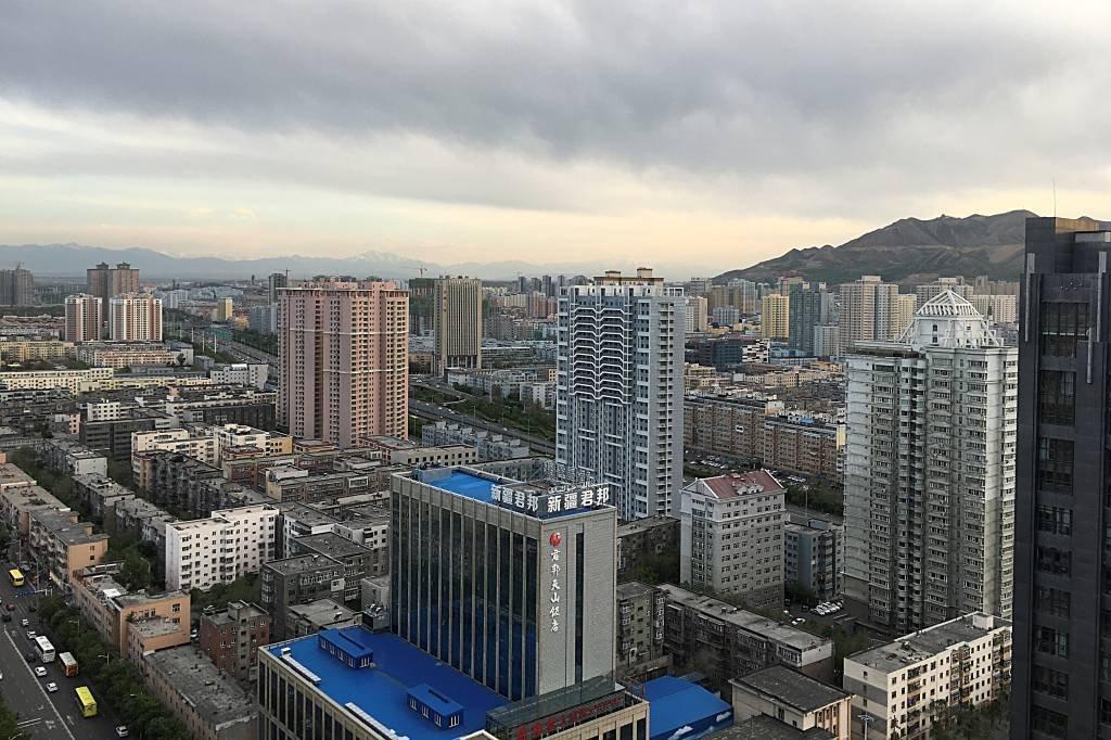 Urumqi, maior cidade da região de Xinjiang: presença de muçulmanos da minoria uigur