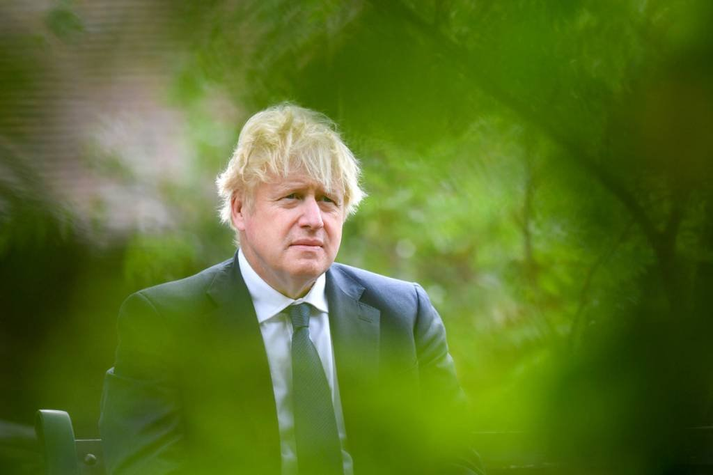 O primeiro-ministro da Grã-Bretanha, Boris Johnson, participa do evento VJ Day National Remembrance, realizado no National Memorial Arboretum em Staffordshire, Grã-Bretanha em 15 de agosto de 2020. Anthony Devlin / Pool via REUTERS