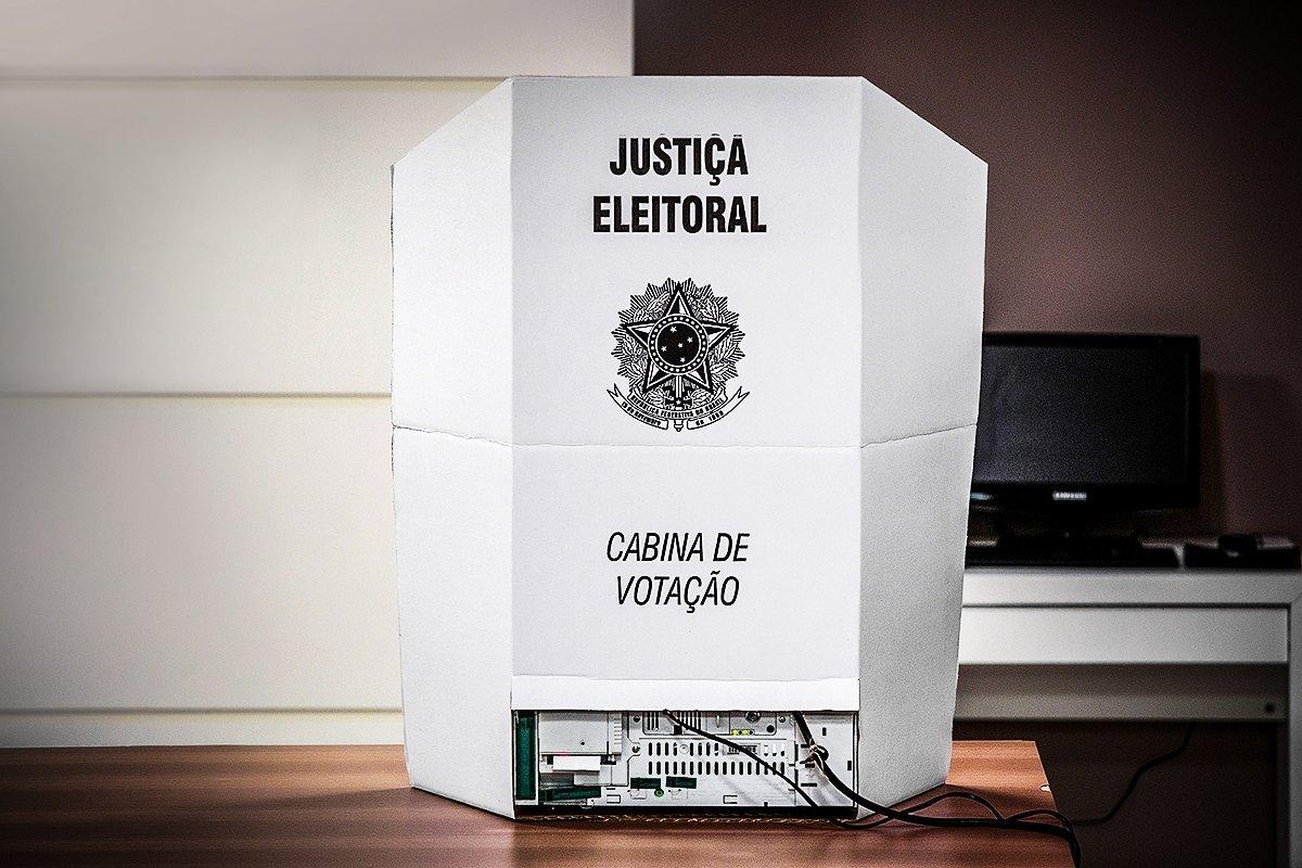 Eleições 2018; urna eletrônica