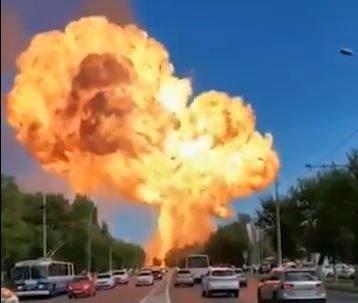 Explosão em posto de gasolina na Rússia